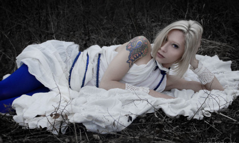 The White Set - Photo By Mandy Maxwell